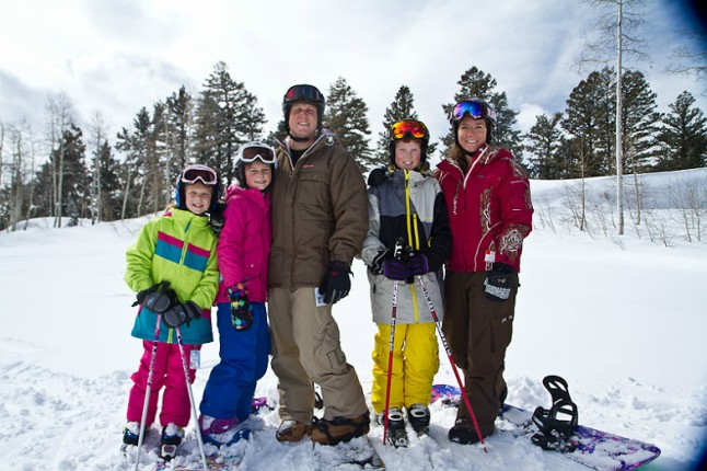How to Dress Up on Ski Vacation Trips